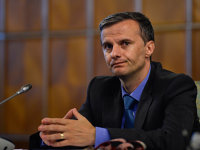 Cine conduce de fapt politicile economice din România?