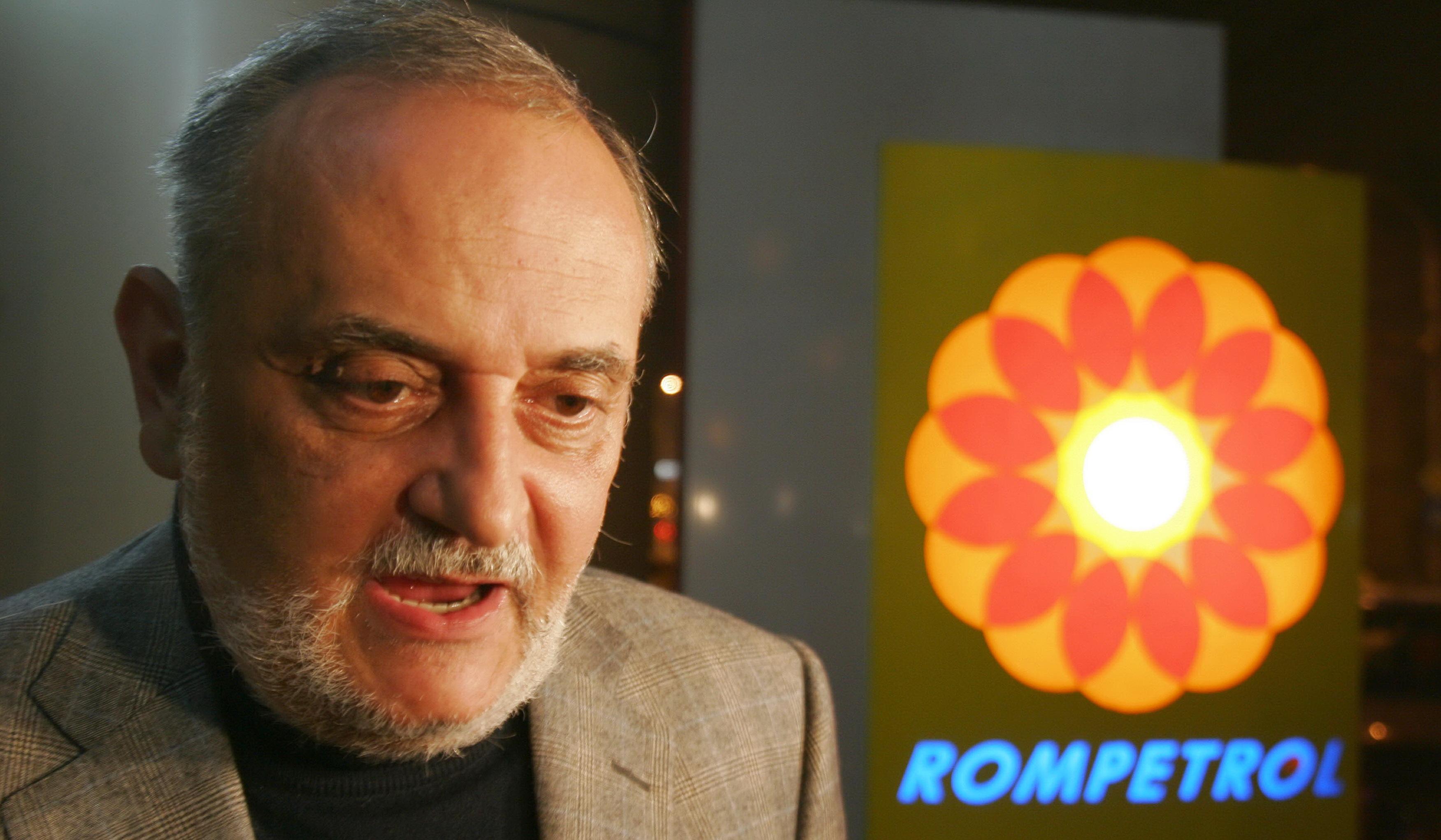 Cea mai mare afacere pe care a făcut-o Patriciu a început pe 1 noiembrie 2000, prin semnătura lui Radu Sârbu, preşedintele de atunci al Fondului Proprietăţii de Stat (FPS)