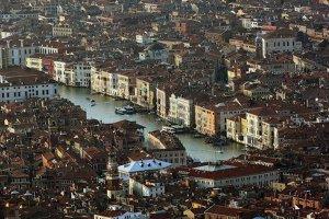 12 locuri pe care ar trebui să le vizitezi înainte să dispară
