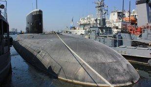 Cum a ajuns singurul submarin românesc, construit la ruşi pentru a vâna submarine nucleare, să zacă la cheu în aşteptare de fonduri