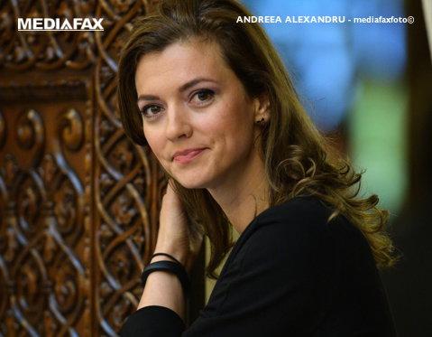 Cine este Alina Gorghiu, prima femeie de la conducerea PNL
