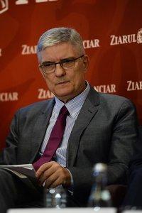 """Daniel Dăianu, membru în CA al BNR: Politica monetară şi """"paradoxul dublei devieri de reacţie"""""""