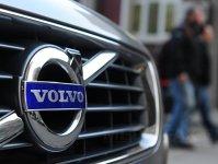 Tranzacţie istorică: Uber vrea să cumpere 24.000 de maşini autonome de la Volvo, companie controlată de chinezi