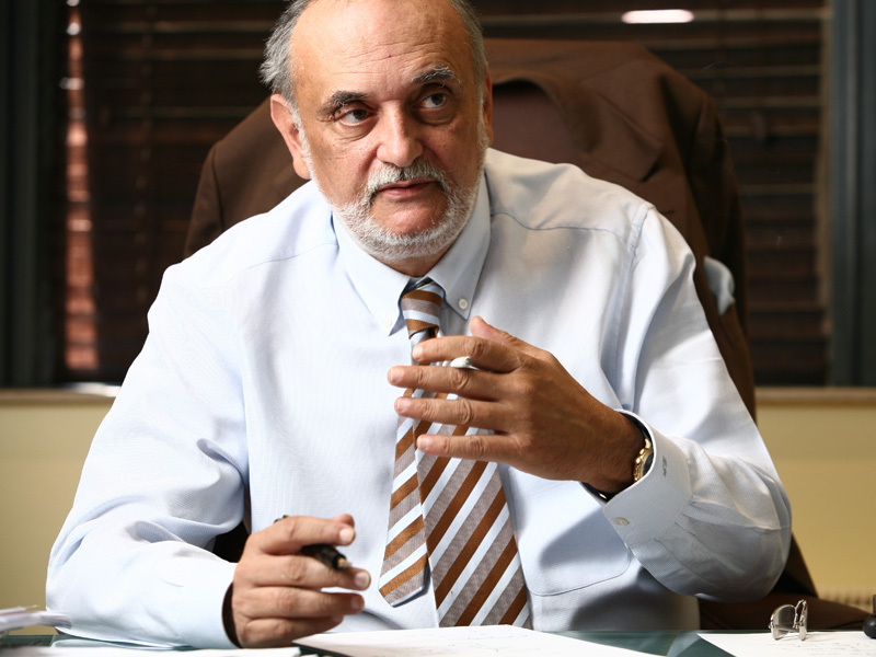 Cum a ajuns Dinu Patriciu cel mai bogat om din România
