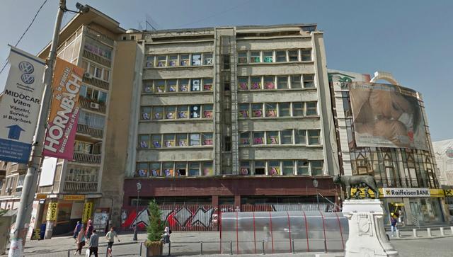 Olandezii care au cumpărat magazinul Bucureşti transformă imobilul în birouri