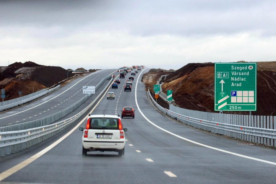 Şapte oraşe din România care şi-au făcut  rute ocolitoare în ultimii 20 de ani, unele la rang de autostradă, în timp ce Bucureştiul rămâne împotmolit într-o centură modernizată doar pe un sfert