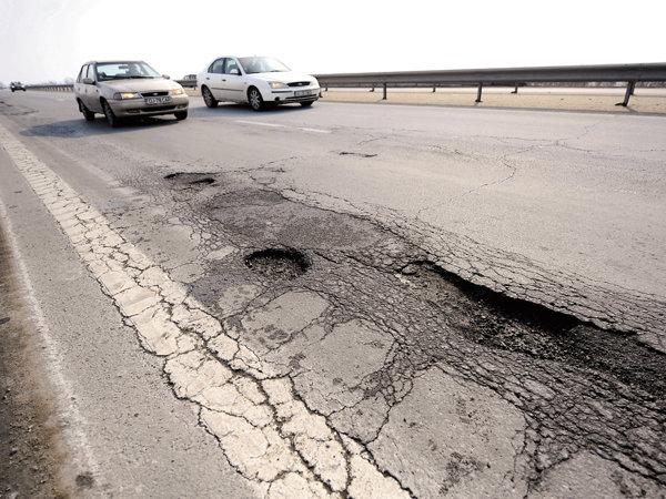Unde se duc banii de şosele. Top 10 plăţi realizate de CNADNR în 2014