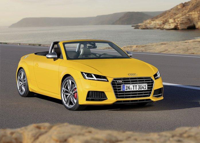 Audi recheamă �n service 850.000 de automobile A4, pentru probleme la airbaguri