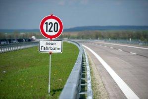 Taxă de 130 de euro pentru şoferii străini care circulă pe autostrăzile din Germania