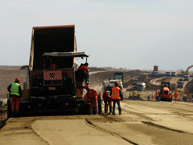 CNADNR despre Suplacu de Barcău-Borş: Constructorii să-şi rezolve problemele, ca să termine lucrările