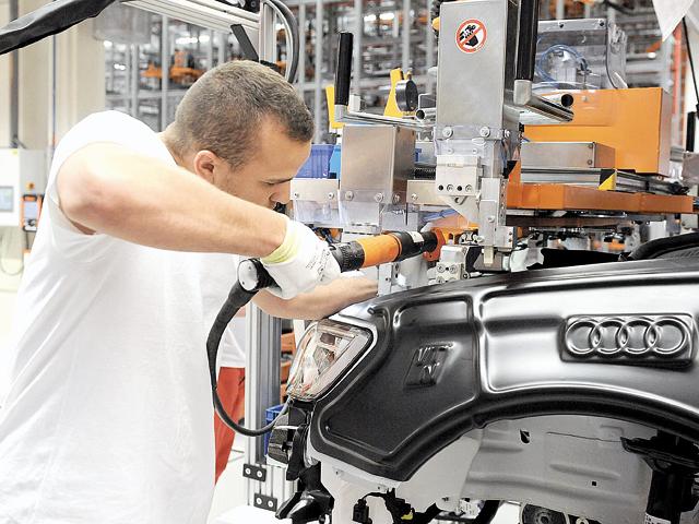 Un furnizor Audi şi Daimler are proiecte noi pentru 7-8 ani