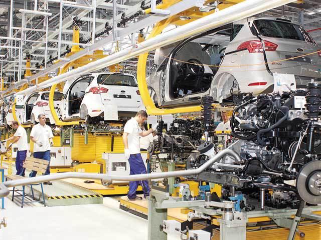 UPDATE: Americanii de la Ford mai aduc 200 mil. euro la Craiova pentru a produce din 2017 noul SUV Ecosport