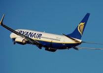 Ryanair lansează o promoţie masivă de Ziua Naţională a României: zboruri de la 4,99 euro