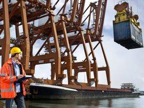 Un grup elveţian cu afaceri de peste 600 mil. euro din logistică şi transport pariază pe o firmă în portul Constanţa