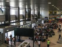 Situaţia la 13.30 pe aeroportul Henri Coandă: 23 de zboruri operate cu întârzieri de până la o oră şi jumătate