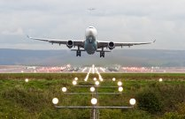 Aeroportul din Oradea a fost tranzitat  de 43.000 de pasageri în primele cinci luni, cât în tot anul 2016
