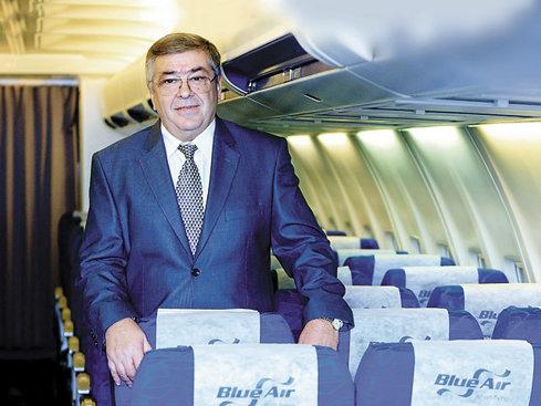 """Un pariu pe viitor: Blue Air a semnat un contract de peste 600 milioane de dolari pentru şase aeronave noi. """"Vrem să ajungem la 50 de avioane şi să deschidem alte baze"""""""