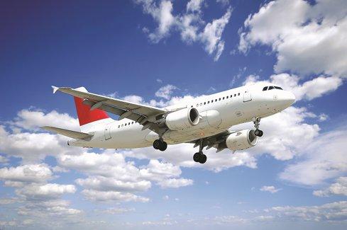 Companiile aeriene vor să vândă bilete de 3 mld. euro pe piaţa locală. Jucătorii low-cost deţin peste 60% din locuri