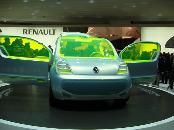Renault-Nissan creează un nou joint venture în China cu Dongfeng Motor pentru maşini electrice