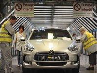 Grupul francez Peugeot majorează cu 7,7% salariile pentru angajaţii din Slovacia