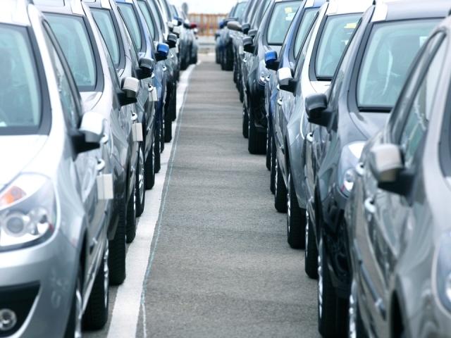 Cea mai mare piaţă auto a lumii, în faţa unui declin istoric