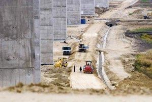 200 km de autostrăzi de 1 mld. €, gata până în 2016
