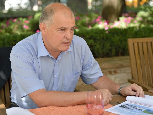 Un antreprenor din Braşov vrea să ajungă la afaceri de 27 de milioane de euro din v�nzarea de(...)