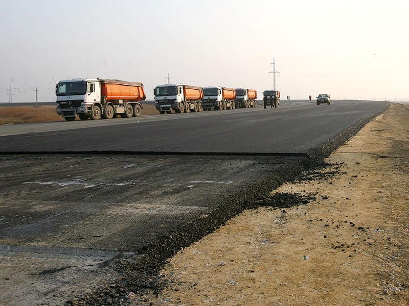 Lotul I al autostrăzii Nădlac-Arad ar putea fi deschis circulaţiei săptămâna viitoare