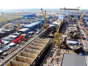 Industria şi-a schimbat liderul la export: şantierul naval Daewoo-Mangalia a luat faţa combinatului Mittal Galaţi
