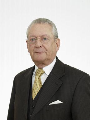 Miliardarii lumii, ce afaceri au în România. Astăzi, Hans Peter Stihl, fost proprietar Stihl