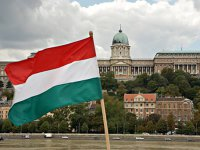 Chinezii sunt tot mai atraşi de imobiliarele ungare