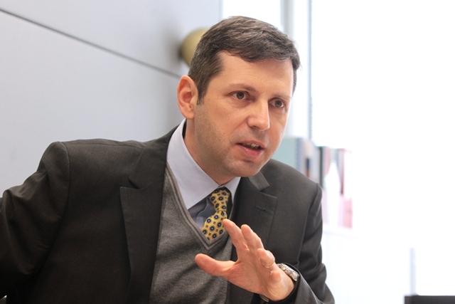 Petrom numeşte un român la conducerea minei de aur a companiei: Gabriel Selischi devine şeful pe explorare şi producţie de hidrocarburi