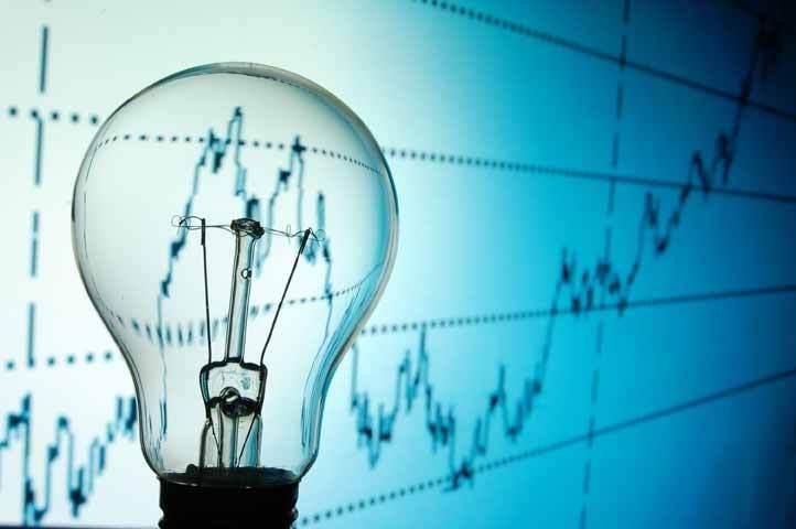 Marii producători de energie se îndreaptă către profituri record