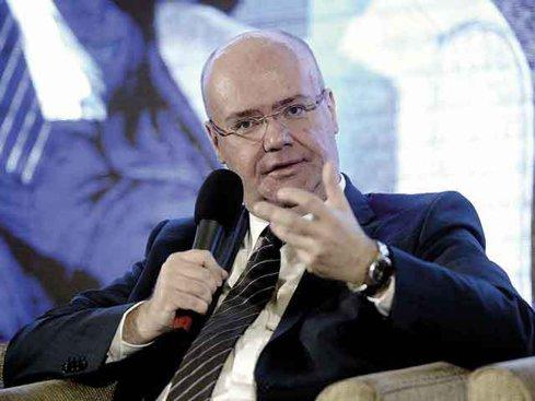 Eric Stab, ENGIE România: creşterea economică bazată pe consum este bună, dar nu este sustenabilă. Trebuie să existe un echilibru între contribuţia consumului şi a investiţiilor în PIB