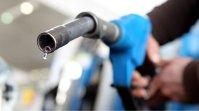 Comerţul cu carburanţi, aproape de recordul de 10 miliarde de euro după o creştere de 10% anul trecut