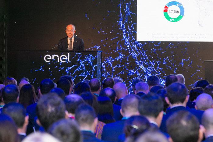 Enel vrea să fie verde: Italienii vor să ajungă la peste 60% producţie de energie fără emisii de
