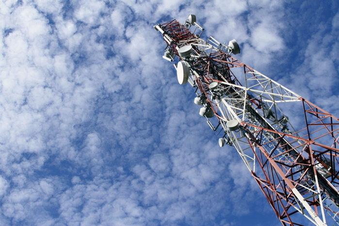 Grupul Vodafone discută combinarea operaţiunilor cu UPC la nivel global. �n Rom�nia s-ar crea al treilea(...)