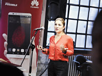 Chinezii de la Huawei aproape şi-au dublat vânzările de smartphone-uri în România în 2014, la 200.000 de unităţi
