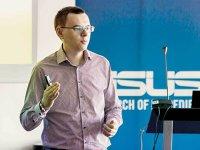 Asus vrea să vândă 500.000 de produse în valoare de 110 mil. euro până la finalul anului