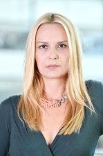 Cine este Mihaela Ioniţă, românca promovată director juridic, de relaţii şi conformitate în cadrul grupului Telekom România