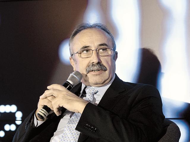 Aurel Neţin, Director & Country General Manager Lenovo Romania: Sunt mai multe conexiuni mobile la Internet decât la electricitate sau conturi bancare