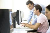 Salariul mediu în IT a crescut cu 14% în ianuarie, ajungând la 5.811 lei