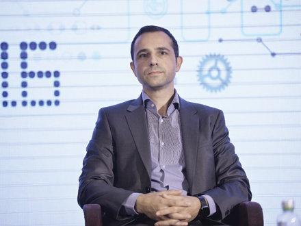 Vicepreşedintele RCS&RDS, Valentin Popoviciu: ANCOM se grăbeşte când propune ca tarifele de interconectare să îngheţe la nivelul din 2014