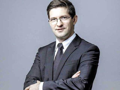 """Ce măsuri trebuie să ia un start-up în domeniul hardware pentru a-şi proteja invenţia: """"Dacă în România poţi plăti aproximativ 1.400 de lei pentru înregistrarea unui brevet, atunci când vorbim de un brevet european, suma poate ajunge la 1.400 de euro."""""""