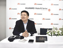 Huawei: Lucrăm la dezvoltarea unui smartphone pe care să nu îl încărcaţi o săptămână