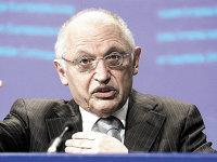 Günter Verheugen, fostul comisar european pentru extindere, pe scena ediţiei din 2018 a Microsoft Business Summit