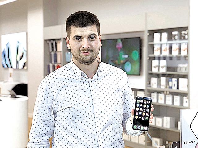 iSTYLE, reseller Apple: Vrem să ajungem să vindem un smartwatch la fiecare iPhone achiziţionat