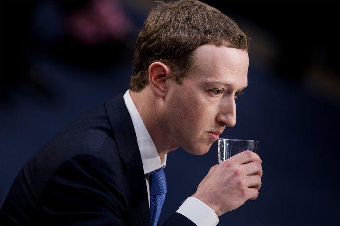 Măcel pe bursă pentru companiile de tehnologie: Facebook, Amazon, Apple, Netflix şi Alphabet sunt într-un declin masiv şi