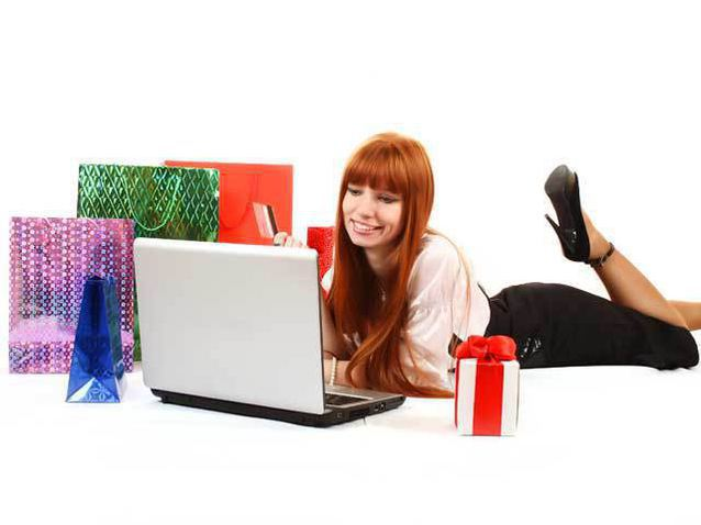 2420dbf0bf Studiu Glami.ro: Românii analizează ofertele de la 4-6 magazine online de