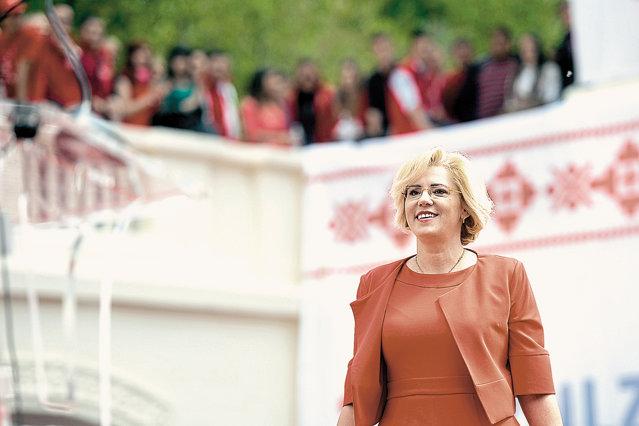Corina Creţu, 47 de ani. Foto: Marius Dumbrăveanu